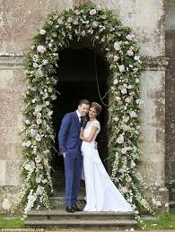 wedding arches glasgow millie mackintosh marries professor green in a dreamy vintage gown