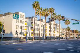 Long Beach Towers Apartments Rent by Pine At 6th Apartments In Long Beach Ca