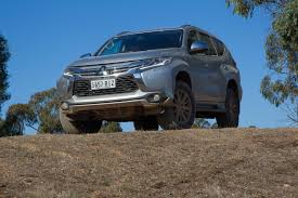 2016 mitsubishi pajero sport exceed review on and offroad 4x4