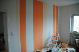 steinwand wohnzimmer streichen wohndesign kleines wohndesign wohnwand streichen ideen die