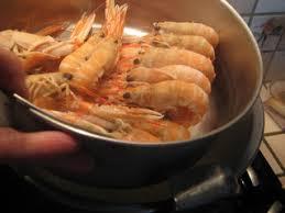cuisiner les langoustines cuire les langoustines surgelées allo maman comment on fait la