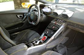 Lamborghini Huracan Interior - the lamborghini huracan gives its costlier sibling the lamborghini