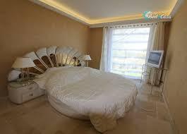 chambre chez l habitant cannes chambre chez l habitant à mougins à partir de 260 chez