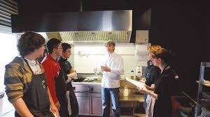 cours de cuisine biarritz où bien manger sur la côte basque l express
