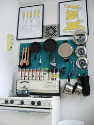 www apartmenttherapy com clever diy ways to organize pots and pans apartment therapy