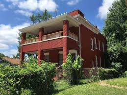 Com 3332 by Unique Turnkey House Opportunity In Kcmo 3332 Tracy Ave