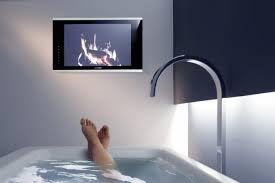 fernseher fürs badezimmer innenarchitektur kühles fernseher furs badezimmer best 25