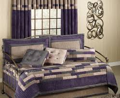Ideas Design For Colorful Quilts Concept Daybeds Fabulous Ambria Daybed Set With Cushion Bedroom How