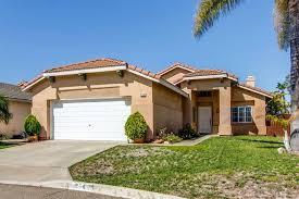 Homes For Narrow Lots 954 Bel Air Dr E Vista Ca 92084 Mls 170003599 Redfin