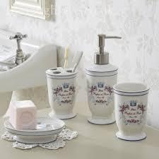 Shabby Chic Bathroom Decor by Bathroom Accessories Shabby Chic Shabby Chic Bathroom Bathroom