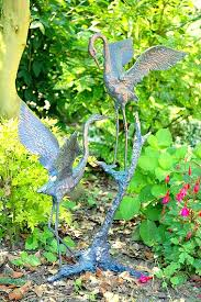bird garden ornaments and statues