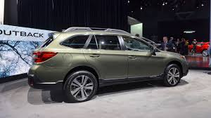 subaru outback touring refreshed 2018 subaru outback introduces sharper look for 26 810