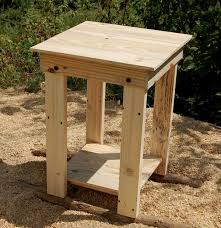 sanded pallet side table and nightstand pallet furniture plans