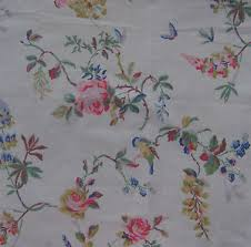 Light Cotton Fabric Cath Kidston Fq 50cm Square Birds And Roses Chalk Lightweight
