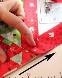 Quilted Christmas Tree Skirts To Make - binding tutorial for christmas tree skirt quilting pinterest