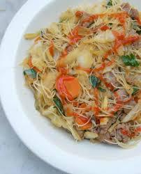 cuisiner vermicelle de riz pancit bihon vermicelles de riz sautés au porc et légumes