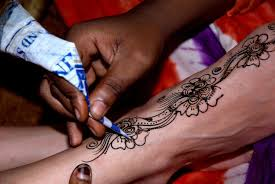 beware temporary henna tattoos can become permanent 102 5 knix