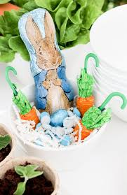 rabbit easter basket creating a easy rabbit easter table two ways in
