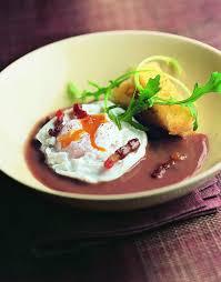 cuisine oeufs recette les œufs en meurette