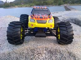 rc nitro monster truck hsp tornado monster truck 1 8 nitro engine 21 test run by a t