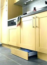plinthe cuisine ikea plinthe cuisine 16 cm plinthe de cuisine structures pieds et