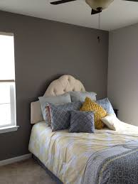 guest room for a small space sherwin williams paint accent wall
