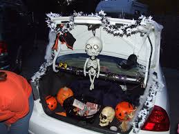 decor trunk or treat ideas for decorating trunk in halloween