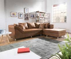 wohnzimmer wohnlandschaft kleine wohnlandschaft mit dekoration teakholz tisch wohnzimmer ideen
