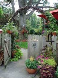Garden Decorating Ideas Pinterest Pinterest Gardens Ideas Livegoody