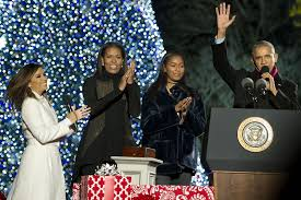 the obamas celebrate their white house tree