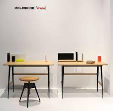 accessoire de bureau design bureau portable atelier moleskine bureau bois noir driade
