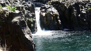 spectacular wildwood falls row river oregon explorer