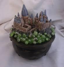 Making Pin Cushions Hogwarts Castle In A Bubbling Cauldron Pin Cushion Pottery