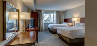 What Hotel Chains Have 2 Bedroom Suites Downtown Cincinnati Hotels Embassy Suites Cincinnati Rivercenter