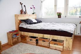 Bed With Headboard And Drawers Bedroom Recycle Pallet Wood Bed With Headboard And Storage Drawer