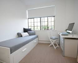 Desk For A Small Bedroom Small Bedroom With Desk Houzz