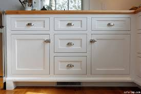 Fabulous Kitchen Cabinet Hardware  Best Hardware Styles For - Kitchen cabinets hardware ideas