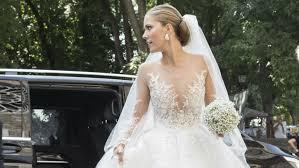 viktoria swarovski got married in a gown covered in swarovski crystals