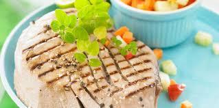 cuisiner thon frais thon frais grillé à la tahitienne facile recette sur cuisine actuelle