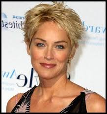 2018 latest short hairstyles for 50 year old woman