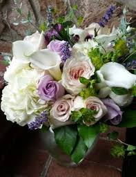 knoxville florists gorgeous free flowing bridal bouquet with roses peonies