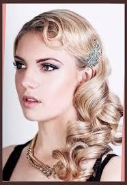 roaring 20 s fashion hair flapper hairstyles on pinterest headband bun 1920s hair and