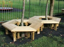 Build A Round Picnic Table by How To Build A Bench Around A Tree Home Design Garden