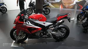2014 Bmw 1000rr 2015 Bmw S1000rr Brings More Power And An Akrapovic Muffler At