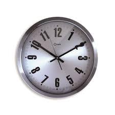 pendule de cuisine design horloge murale design futurist inox cm galerie et horloge cuisine