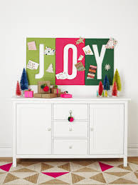 how to make a diy holiday card holder hgtv deck your hall