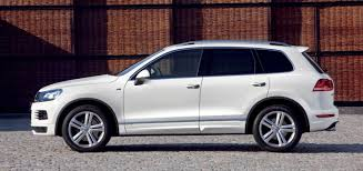 volkswagen touareg v8 tdi r line sports flagship for local line