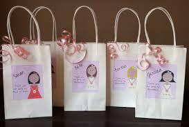 bridesmaids gifts inexpensive bridesmaid gifts 2017 wedding ideas magazine