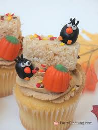 thanksgiving cupcake decorating ideas crow cupcakes for harvest halloween fall autumn thanksgiving