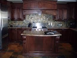 teindre armoire de cuisine le décapage rajeunissement ou la restauration de vos armoires de